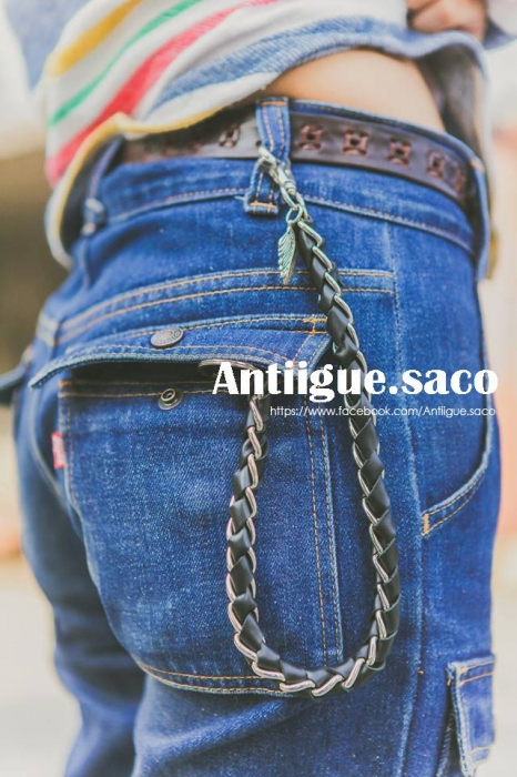 Chain & Leather. large image 0 by Antiiguesaco
