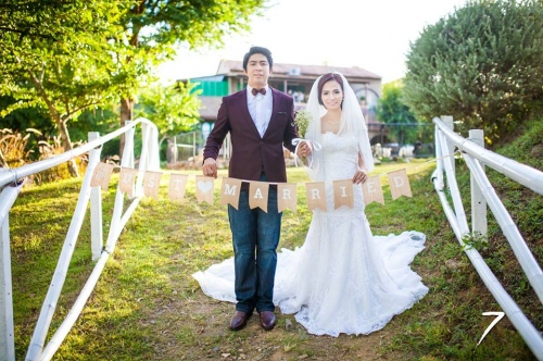 MADE to ORDER : ธงกระสอบเพ้นท์ Just Married large image 0 by SelectedItems