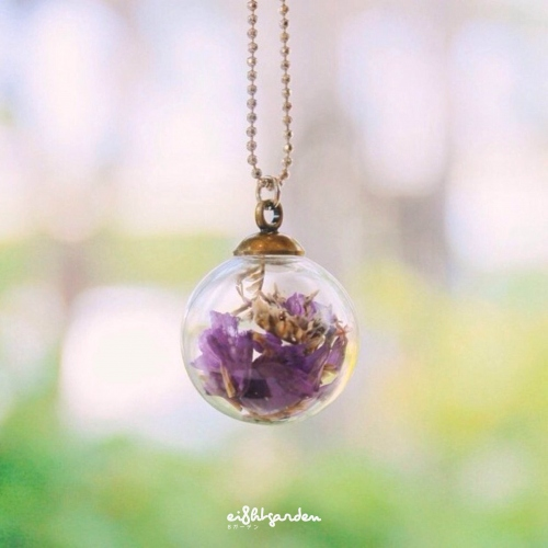 purple statice x caspia necklace large image 0 by ei8htgarden