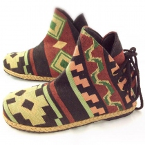 Ducky hmong shoes at Blisby