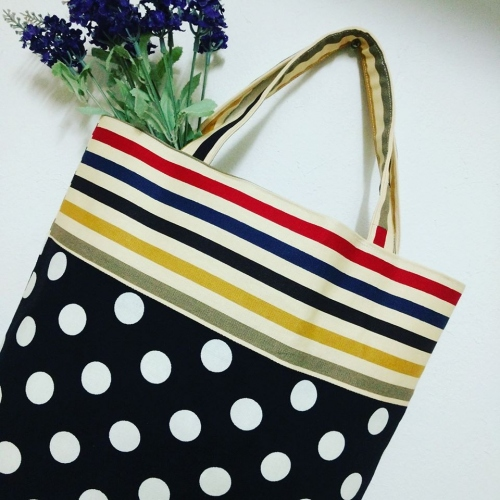 กระเป๋าถือ Tote large image 0 by Moonpolkadot