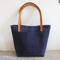 Vintage Retro Raw Navy Blue Leather Tote Bag/ กระเป๋าสะพายหนังแท้ at Blisby