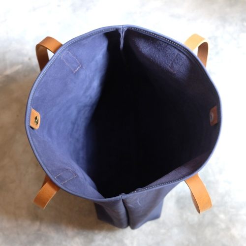 Vintage Retro Raw Navy Blue Leather Tote Bag/ กระเป๋าสะพายหนังแท้ large image 3 by THREEleather