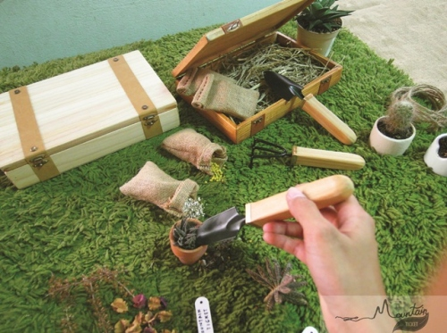 Handmade Garden Tool Kit ( Pine Wood ) By Mountain Ticket  large image 3 by MountainTicket