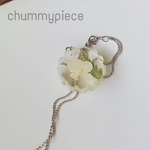 flower necklace large image 1 by chummypiece