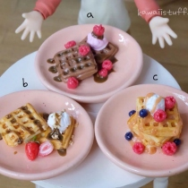 ของจิ๋ว ; ice-cream waffle at Blisby