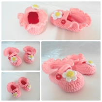 Pink baby shoes at Blisby