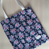 Easy Tote Bag  at Blisby