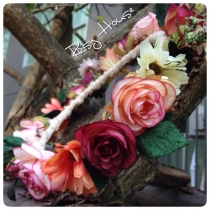 Autumn cozy flower crown at Blisby