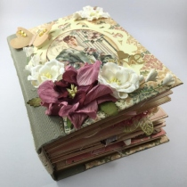 scrapbook mini album at Blisby