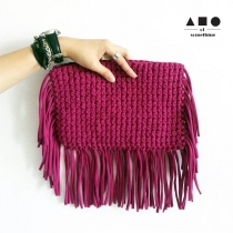 FRINGE CLUTCH (MAGENTA) at Blisby