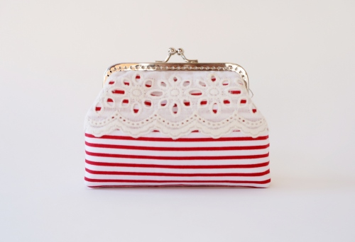 Red and White Striped Card Holder | กระเป๋าใส่uามบัตร ลายทางขาวแดง large image 0 by TunyTinyTreats
