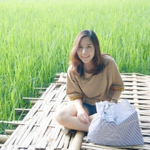 Size L / กระเป๋า Shopping รักโลก / Foldable tote bag / Reusable Bag at Blisby