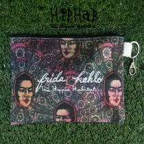 กระเป๋าซิป Frida Kahlo โดย HIPHAB The Hippie Habitat size16.5×21cm at Blisby