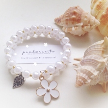{white pearl with daisy bracelet} by pandorarita