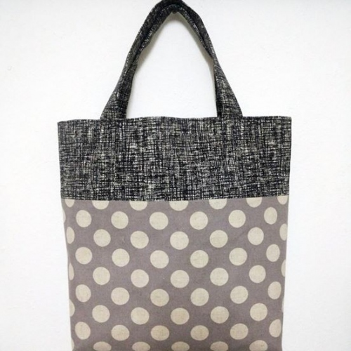 กระเป๋าถือ Tote large image 3 by Moonpolkadot