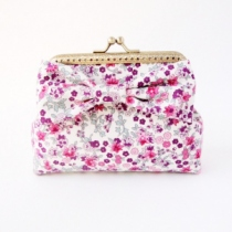 Card Holder / Floral Wallet Coin กระเป๋าใส่เงิน ลายดอกไม้สีชมพู  at Blisby
