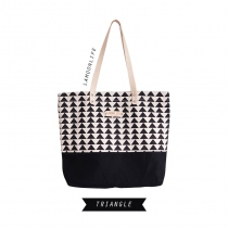 Triangle Shopping Bag at Blisby