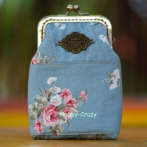 Vintage Flora Purse at Blisby