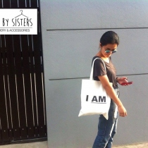I AM >> tote bag at Blisby