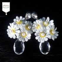 Daisy Flower Drop Earring at Blisby