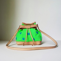 CATNEON Bucket Bag at Blisby