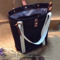 Tote jeans at Blisby