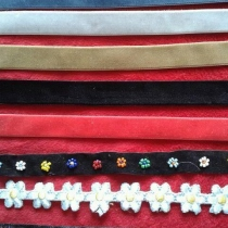 Chokers by แม่ค้า ยิปซี at Blisby