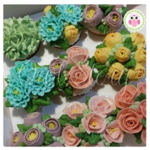 Cupcake WonderFlowers at Blisby