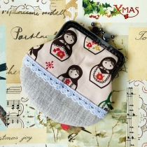 Coin Purse - russian dolls pattern combine with beige linen and lace at Blisby