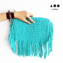 FRINGE CLUTCH (TURQUOISE) at Blisby