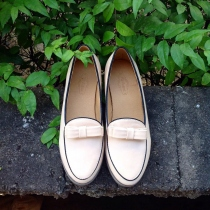 Flat Shoe : Beige at Blisby
