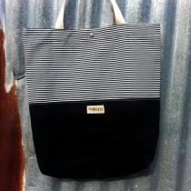 Tote Stripes and Black canvas กระเป๋าผ้าลายทาง at Blisby