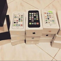 IPHONE 5s / 16gb at Blisby